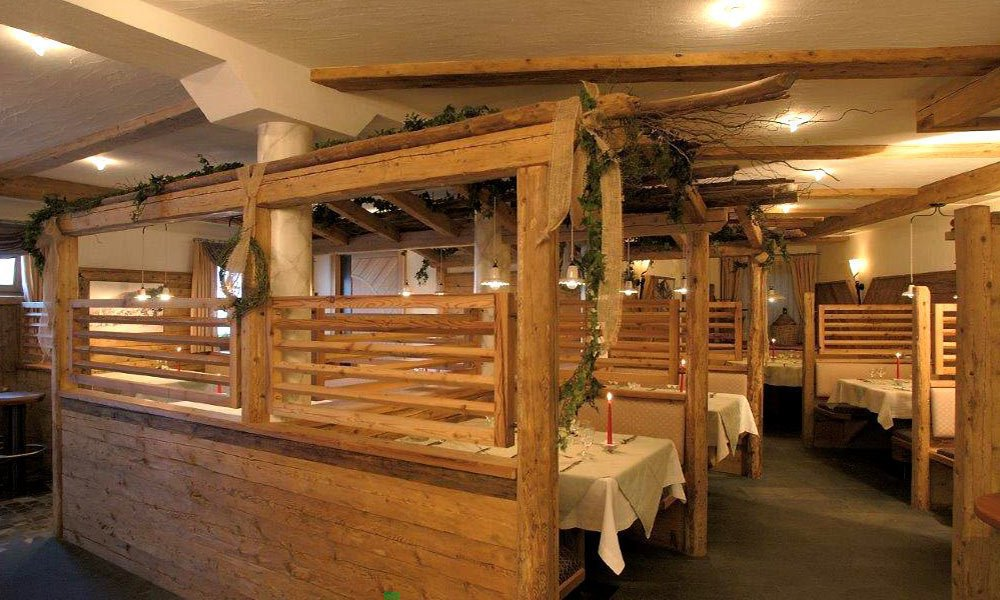 Hotel Kircher Sepp – Inn with pizzeria in Barbiano/Isarco Valley