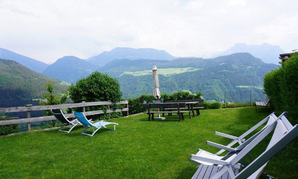 Ruhepol und Entspannungsoase: Garten mit Liegewiese